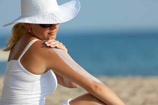 Do your skin a favor, don't forget sunscreen